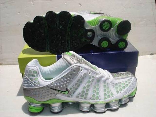 reputable site ea231 67653 nouvelles nike shox r6 pas cher,chaussures soldes marques,nike shox r6 homme