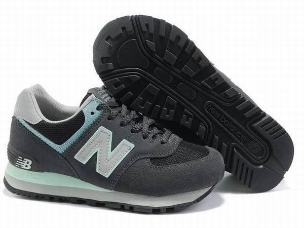 f38b7fd8af47 chaussures NikeAirMax bw neuf